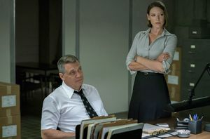 Anna Torv and Holt McCallany