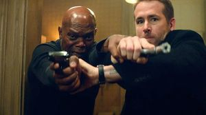 Samuel L. Jackson and Ryan Reynolds in