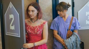 Saoirse Ronan and Laurie Metcalf