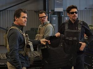 Josh Brolin, Jeffrey Donovan and Benicio Del Toro ⎮ Photo