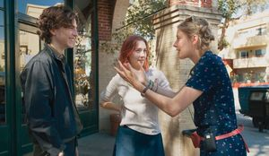 Greta Gerwig and Saoirse Ronan behind-the-scenes, 'Lady Bird