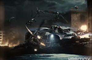 Batmobile vs Parademons