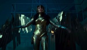 'Wonder Woman 1984' Golden Armor Costume