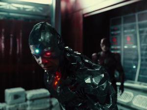 Cyborg Reflects