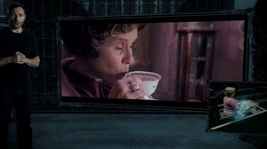 Dolores Umbridge in Harry Potter 7