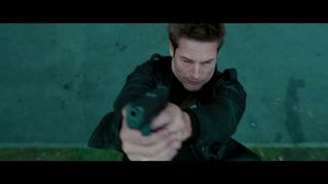 Josh Holloway jumps off building in Mission: Impossible 4