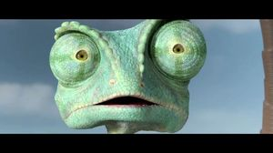 Rango crashes and lands in the desert