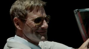 Aaron Eckhart and Johnny Depp drive around in The Rum Diary