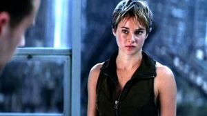 She's the Perfect Subject in New Clip from 'Insurgent'
