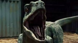 Chris Pratt steps into cage of Raptors in Jurassic World cli
