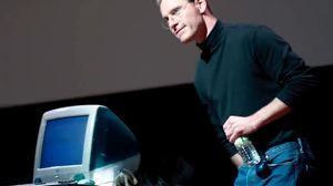 Full Steve Jobs trailer has Fassbender showing Jobs' genius