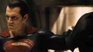 Superman Unmasks Batman in Sneak Peak
