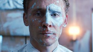 High-Rise Official Trailer #2 (Tom Hiddleston, Jeremy Irons,