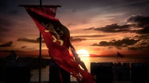 Game Of Thrones Season 6: Lannister Battle Banner Tease