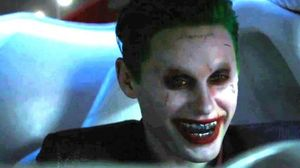 New clip shows Harley Quinn chasing down the Joker in 'Suici