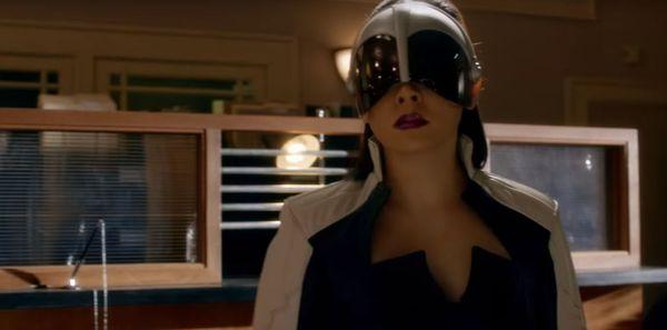 Earth-2 Calling Earth-1: The Flash Season 2, Episode 5 Review
